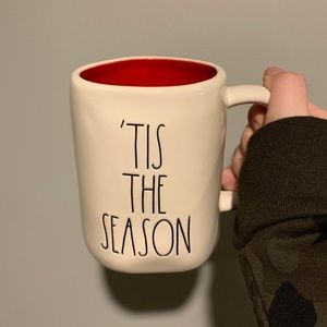Rae Dunn TIS THE SEASON Mug